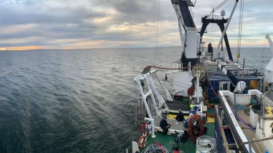 Det 80 meter långa arbetsfartyget Vina används vid undersökningarna av Skytteren. Fotot är taget vid tidigare arbete med vraket Finnbirch.