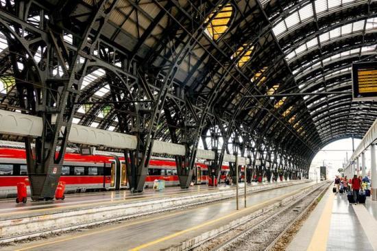 tåg till rom från stockholm