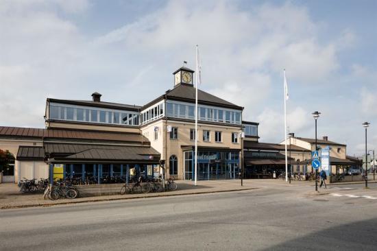 Utanför Nässjö Centralstation.