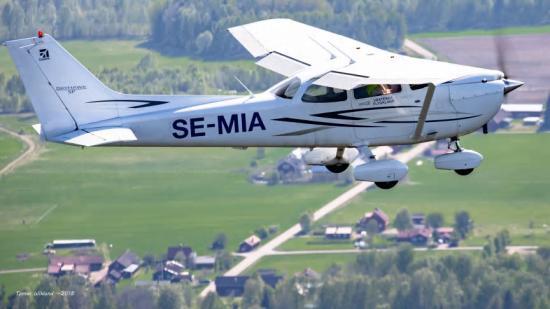 Ett skogsbrandsbevakande flyg ute på uppdrag.