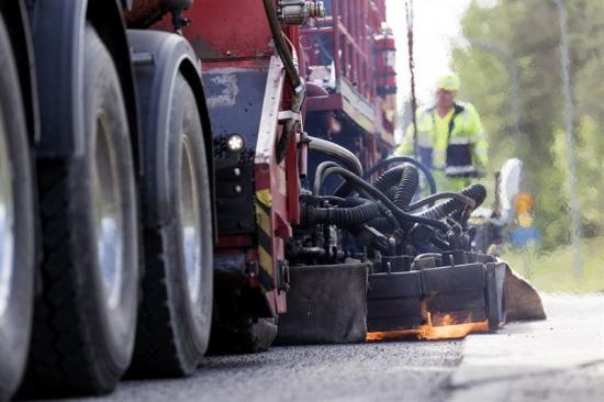 NCC:s Repavingmetod - återvinna asfalt direkt på vägen