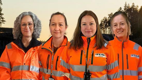 Peabs TA organisation stöttar Peab Asfalt, Peab Anläggning och Lambertsson i olika TA frågor. På bilden från vänster: Marit Österberg, Anncatrin Elversson, Sandra Morén och Jessica Nordström.