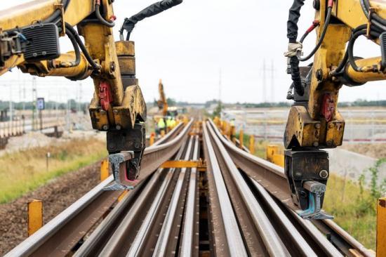 I början av september togs 15 120 meter långräls tillvara från projektet Fyrspåret Malmö-Lund för att återbrukas i ett annat projekt – vilket aldrig tidigare har gjorts i Sverige.