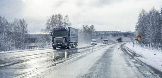 Sjunkande indexsiffror i Transportindikatorn signalerar avmattning i svensk ekonomi.