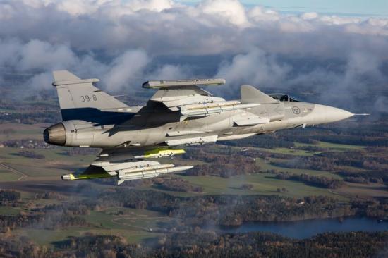 Schweiz behöver ersätta sina gamla stridsflygplan, och Saab hoppas att Gripen Ekommer ta över platsen.