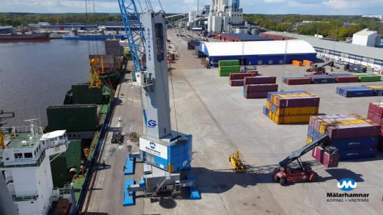 Nytt samarbete mellan Mälarhamnar och Stockholms hamnar samtidigt som hamnarna i Västerås och Köping rustas och utvecklas för att kunna ta emot större fartyg och högre godsvolymer.