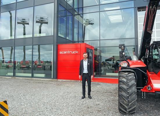 """Anker B. Lemvig, Business Manager, är redo att bjuda välkommen på """"Maskinmässa Rosersberg"""" fredag den 24 och lördag den 25 maj."""