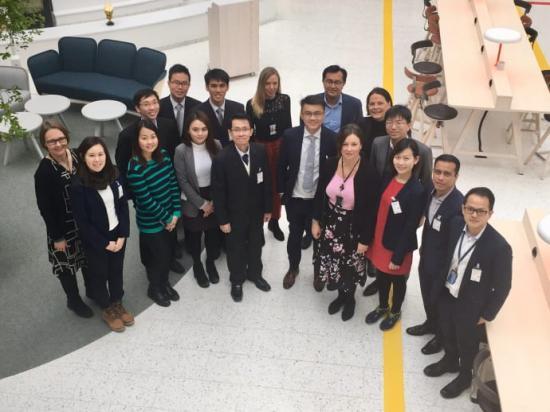 Delegationen från Singapore på besök på Swedavias huvudkontor.