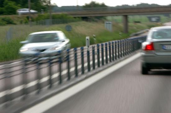 – Hastigheten är den faktor som har störst betydelse för hur allvarliga följder en trafikolycka får. Ju högre hastighet du har om du krockar desto allvarligare konsekvenser, helt enkelt, säger Maria Krafft.