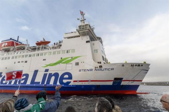 Bild från invigningen 1 februari när Stena Nautica anländer.