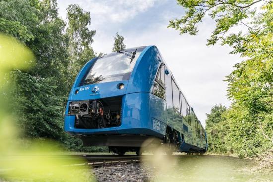 <span><span>De två första Coradia iLint-tågen från Alstom har gått i passagerartrafik 2018 och har nu testkörts i <span><span>mer än 180000 kilometer</span></span>.</span></span>