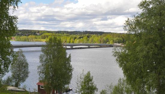 Litsbron från södra sidan.