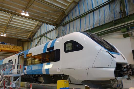 Nu börjar Västtrafiks nya tåg, ZEFIRO Express, ta form i Tyskland. Det första tåget börjar testköras nu i veckan.