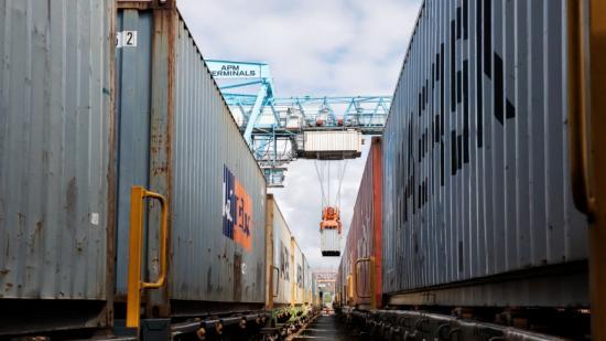 Den nya järnvägsförbindelsen ökar kapaciteten till Småland.
