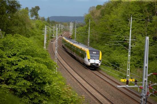 Tågens punktlighet ökade i sommar jämfört med året innan.