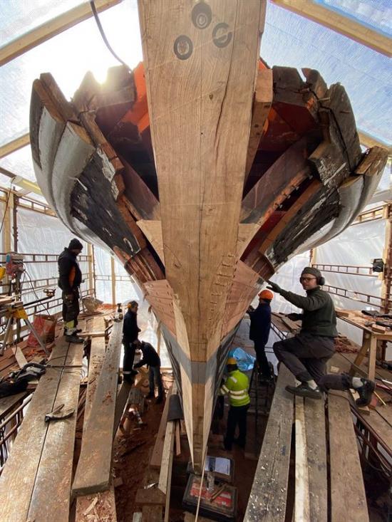Efter omfattande reparationer dockas M 20 ut från Beckholmen den 12 april tillsammans med andra historiska fartyg.