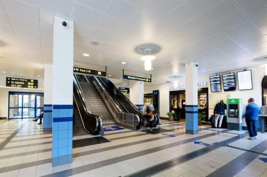 Inne i Nässjö Centralstation.