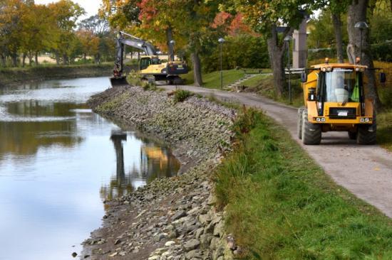 Arbetet med stora renoveringsprogrammet har nu passerat halvvägs.