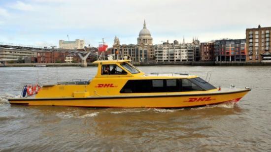 Den nya transporttjänsten i London representerarDHLs första vattenburna höghastighetstjänst.