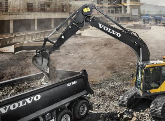 De nya Volvo Endurance-tänderna kombinerar styrka med hållbarhet och är gjorda med kvaliteten i främsta rummet. Tänderna tål hårt slitage, är kostnadseffektiva och kan dessutom installeras på nya eller begagnade skopor av alla märken.