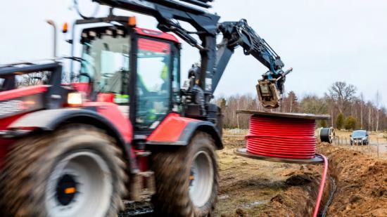Investeringsstödet på 600 000 kronor införs för att lokala krafter ska uppmuntras att fortsätta bygga lokala bredbandsnät.