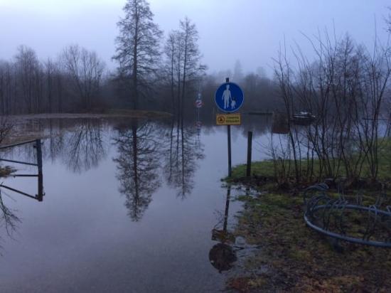 Bild från översvämmade området i Gemla/Öja.