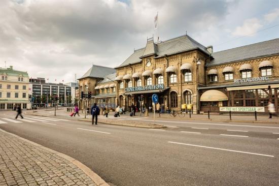 Utanför Göteborg Centralstation.
