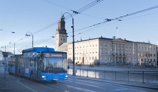 Linje 25 vid Stadshuset vid Gustav Adolfs torg i Göteborg.