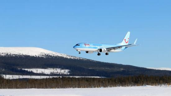 TUI landar med sportlovsfirande Göteborgare på Scandinavian Mountains Airport.