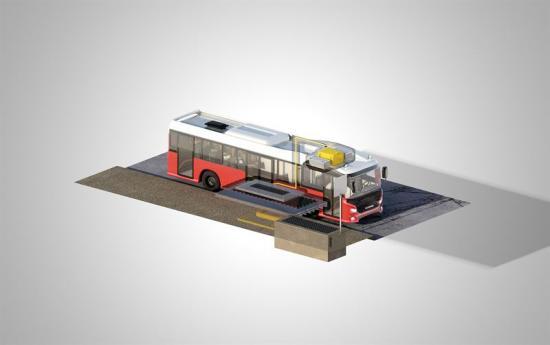 Den induktiva laddningen sker automatiskt vid hållplatsen, där bussen parkerar över en laddplatta som är monterad i vägbanan
