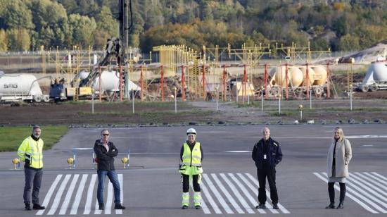 Michael Edebrant, Airport Operation Manager, Thomas Stenström, Facility Manager Linköping, Lena Näslund, projektledare Banflytt, Per Lindblad, Airport Manager och Sofia Eriksson, Director Finance and Contract.