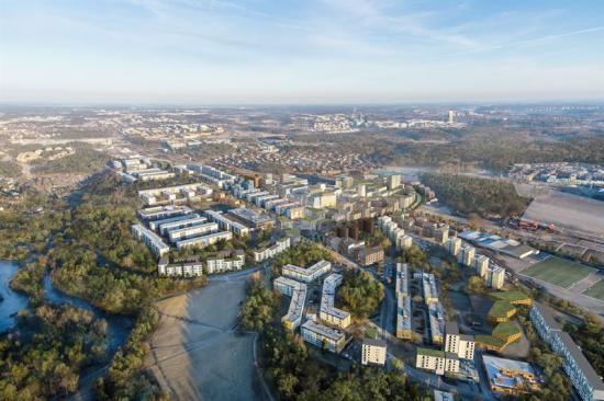 Stadsutveckling sker i Hallonbergen.