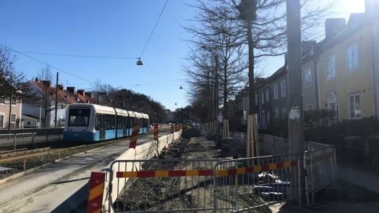Den pågående utbyggnaden av pendlingscykelbana på Kungsladugårdsgatan är en av de åtgärder som Göteborgs Stad får ekonomiskt stöd för genom stadsmiljöavtalen.